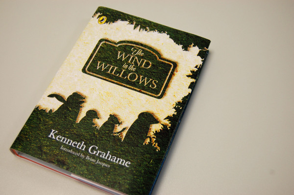 ed3487fd325b4e8540b97b052b4ee5a8 The Wind in the Willows. Book Cover Design Contest by Penguin.