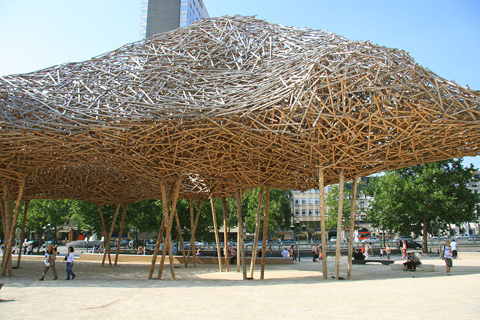 closeup.cityscape.by .Arne .Quinze 5 Arne Quinzes Wood Installations.