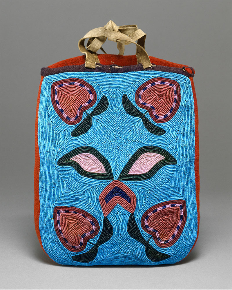 DT262910 Beautiful Bags from the Metropolitan Museum of Art.