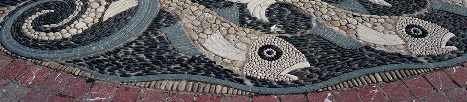 Maggy Howarth's Pebble Mosaics.