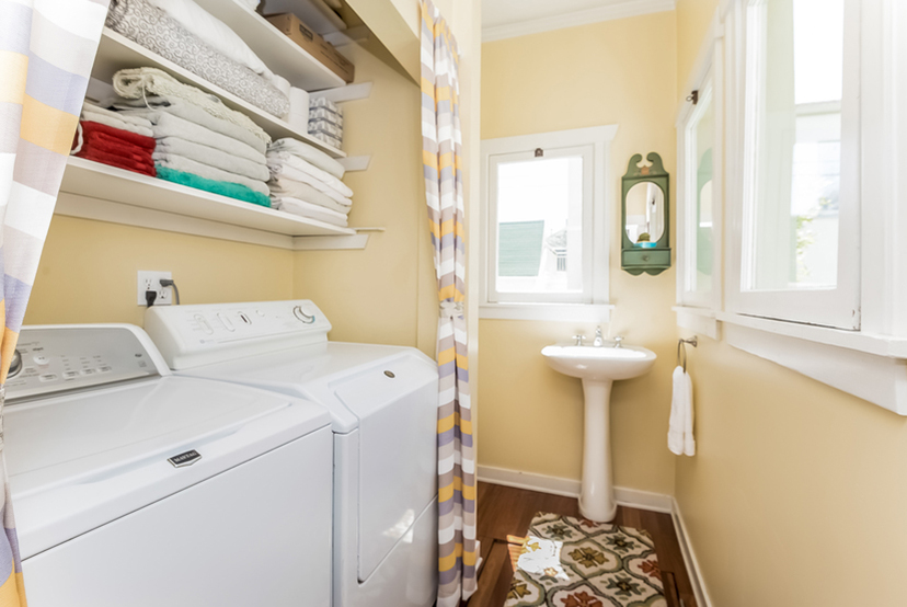 025-Laundry_Room-1096015-mls