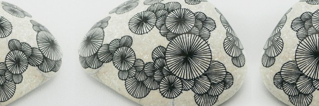 Drawings on Stones by Yoran Morvant.